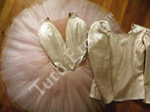 Peach Gold and Ivory Aurora